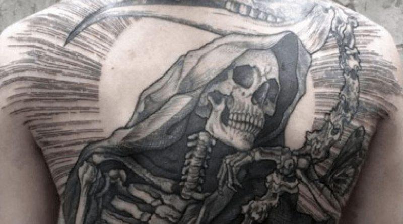 La symbolique des tatouages : Faucheuse ou Mort